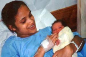 Diculik Saat Bayi, Gadis Ini Bertemu Kembali Dengan Orang Tuanya