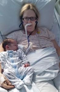 Ibu Ini Lupa Pernah Hamil Setelah Mati Suri Saat Melahirkan