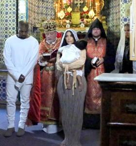Putri Pasangan Kim Dan Kanye Dibaptis Di Yerusalem