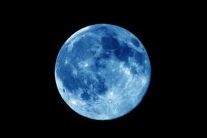Fenomena 'Blue Moon' Akan Terjadi Hari Ini