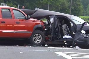 Empat Pengiring Pengantin Tewas Dalam Kecelakaan