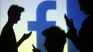 "Facebook: ""LOL"" Sudah Tidak Lagi Digunakan"