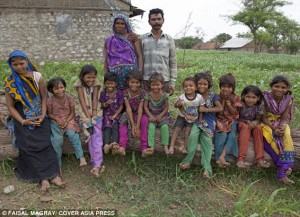 Ingin Anak Lelaki, Ibu Ini Lahirkan 15 Anak Perempuan