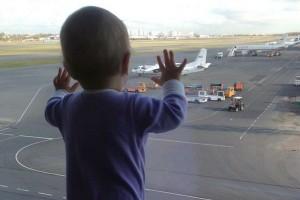 Mayat Bayi Ditemukan 35 Km Dari Lokasi Jatuhnya Pesawat Rusia