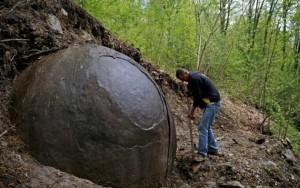 Batu Raksasa Misterius Di Bosnia, Bukti Peradaban Yang Hilang?