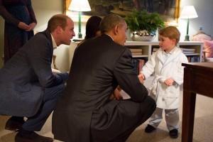 Pangeran George Temui Obama Dengan Mengenakan Baju Tidur