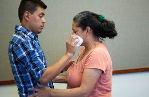 Berpisah 21 Tahun, Ibu Dan Anak Bertemu Kembali Berkat Tes DNA