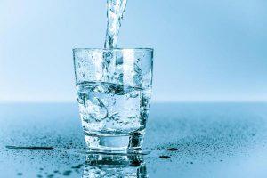 Air Putih Sebelum Makan, Turunkan Berat Badan
