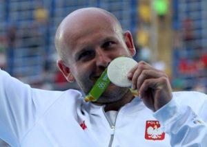 Atlet Polandia Jual Medali Olimpiade Untuk Bantu Anak Penderita Kanker
