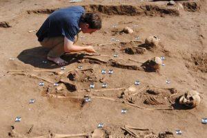 Kuburan Korban Wabah Mematikan Di Abad Ke 14 Ditemukan Di Inggris