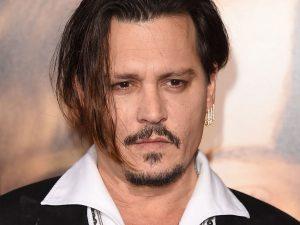 Hidup Mewah, Johnny Depp Habiskan 26 Miliar Setiap Bulan