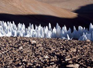 NASA Pecahkan Misteri Barisan Es Runcing Di Pluto