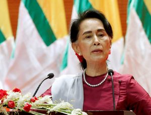 Universitas Oxford Copot Gelar Kehormatan Aung San Suu Kyi