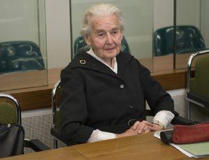Menyangkal Holocaust, Nenek 88 Tahun Dihukum 6 Bulan Penjara