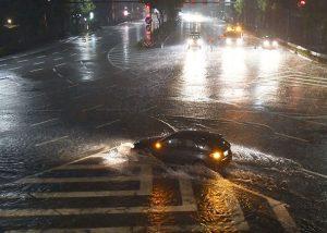 Angin Topan Lan Hantam Jepang, 2 Orang Tewas