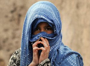 Pria Ini Ancam Bunuh Putrinya Yang Menolak Kenakan Hijab