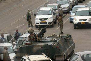Militer Turun Ke Jalan, Ada Aroma Kudeta Di Zimbabwe