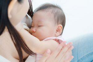 Lima Manfaat Penting ASI Untuk Bayi Anda