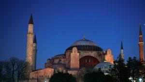 UEA: Orang Arab Tidak Akan Dipimpin Ankara
