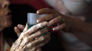 Dikira Mendiang Ibunya, Seorang Wanita Culik Nenek 97 Tahun