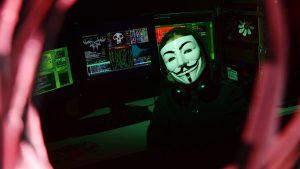 Putin Peringatkan Bahaya Pengguna Internet Tanpa Nama