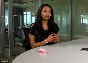 Mahasiswi Ciptakan Gelang Pencegah Serangan Seksual
