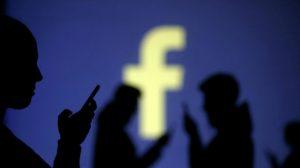 Partai Bajak Laut Islandia: Facebook Menjual Anda, Anda Adalah Produk