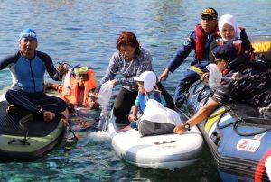Menteri Susi Melepaskan 1000 Banggai Cardinal Fish Dan 25 ekor Lobster Di Banggai