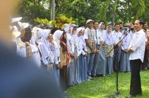 Pesan Jokowi Untuk Pelajar Di Majalengka, Gunakan Medsos Untuk Hal Positif