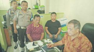 Seorang Oknum Polisi Ditangkap Karena Diduga Merobek Al-Quran