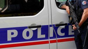 Diduga Teroris, Wanita Bercadar Serang Supermarket Di Perancis