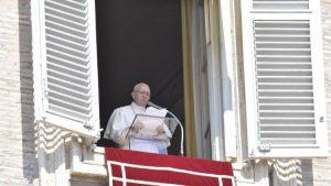 Ucapkan Belasungkawa, Paus Fransiskus: Saya Dekat Dengan Orang-orang Sulawesi