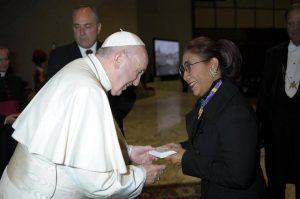Ini Pesan Paus Fransiskus Saat Bertemu Dengan Menteri Susi Pudjiastuti