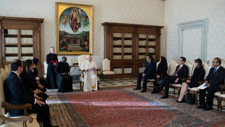 Tolak Hukuman Mati, Paus Fransiskus: Setiap Kehidupan Adalah Suci