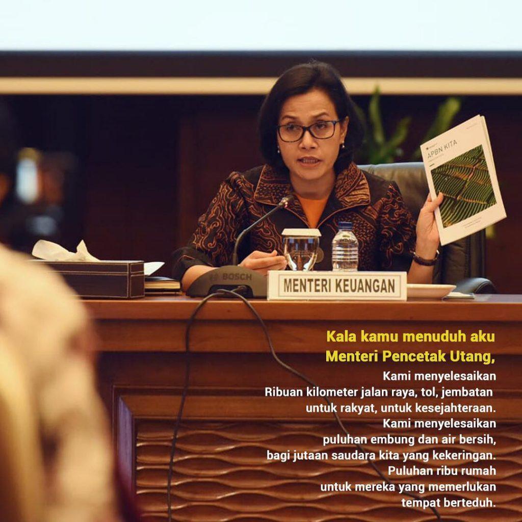 "Jawab Kritikan Prabowo, Sri Mulyani Tulis Puisi ""Kala Kamu Menuduh Aku Menteri Pencetak Uang"""