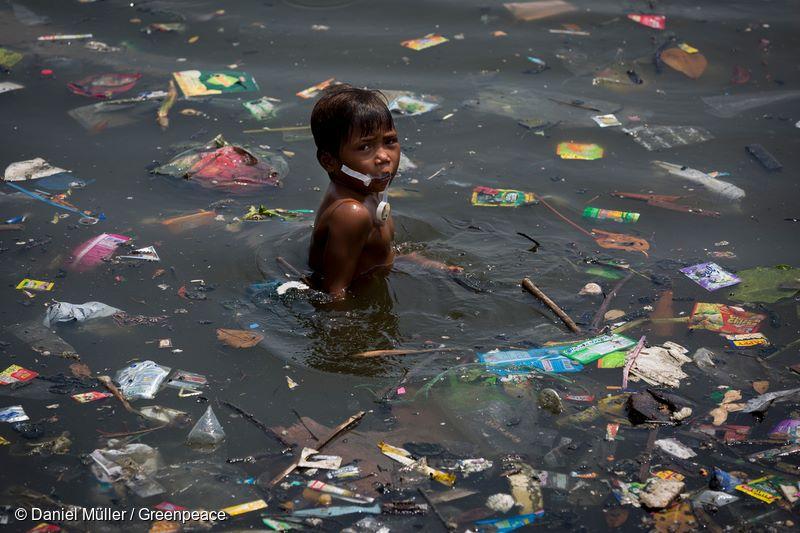 Plastik Menimbulkan Ancaman Serius Bagi Kesehatan Manusia