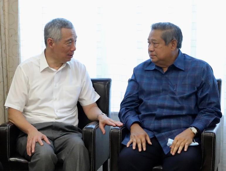 PM Singapura Jenguk Ibu Ani Yudhoyono