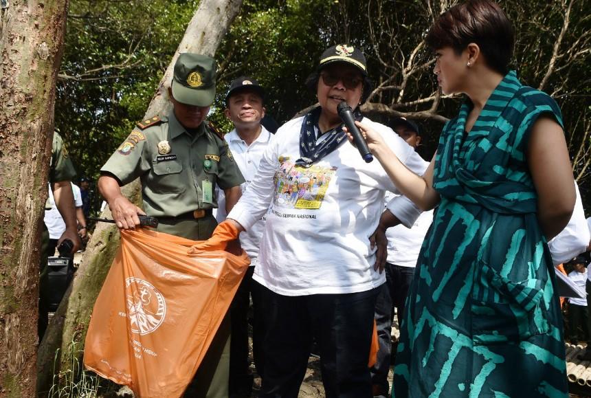 Hari Peduli Sampah Nasional, Kementerian LHK Gelar Aksi Bersih Serentak Di 74 Lokasi