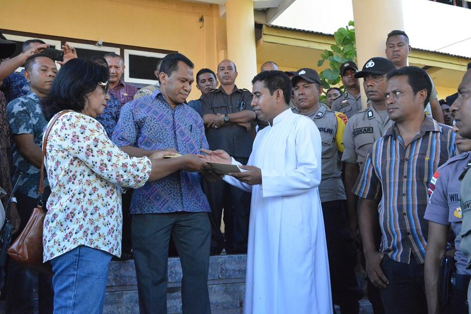 KRBF Tuntut Bupati Dan Wakil Bupati Flores Timur Mundur Dari Jabatannya