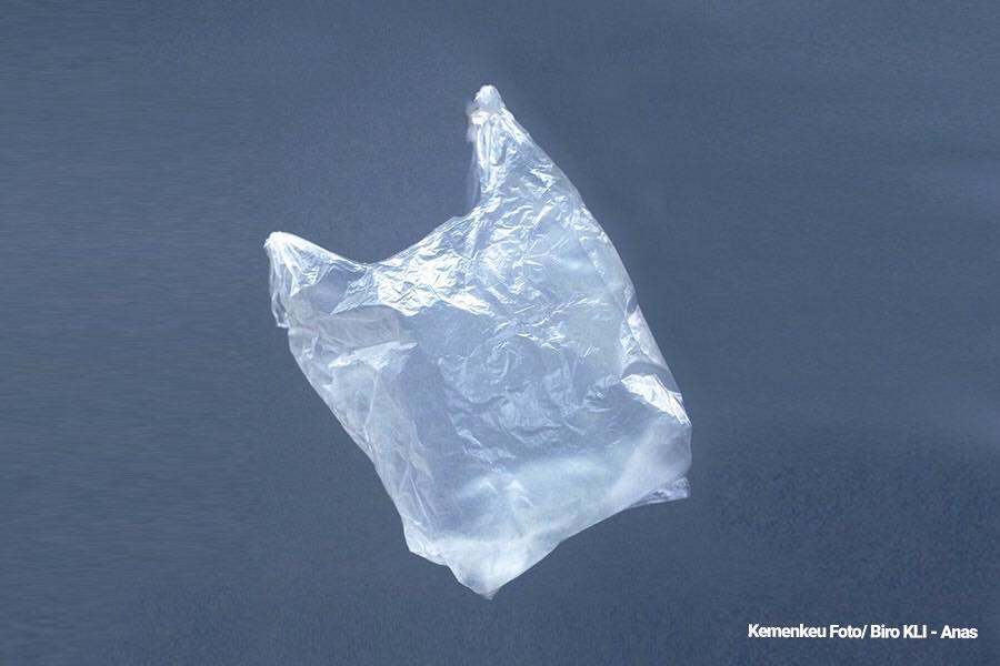 Cukai Kantong Plastik Diusulkan Rp30.000/Kg